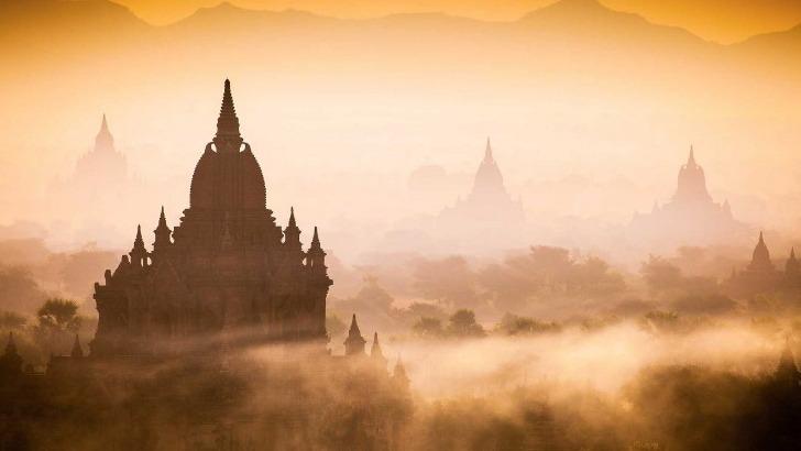 temples-de-bagan-birmanie