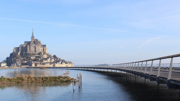 mont-saint-michel-voyages-pour-visiter-mont-et-sa-baie-plus-majestueux-vrai-qu-photos-cartes-postales