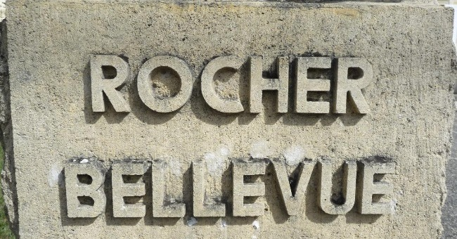 image-prop-contact-chateau-rocher-bellevue