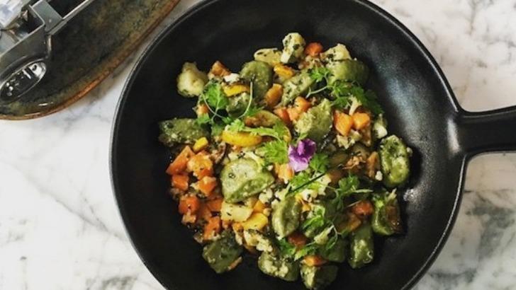 restaurant-philosophes-propose-une-cuisine-de-brasserie-composee-de-plats-de-grand-mere-revisites