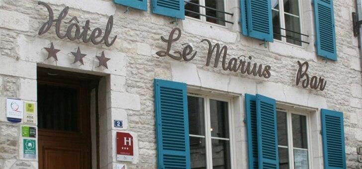 facade-de-hotel-restaurant-marius