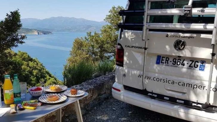 corsica-camper-un-agence-de-voyage-specialiste-du-sejour-actif