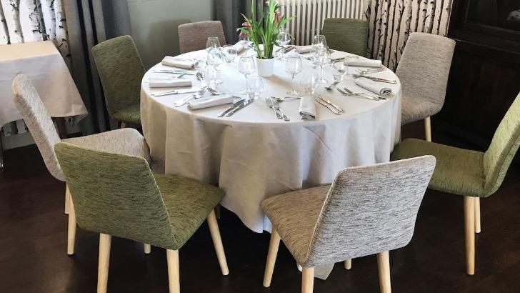 hotel-restaurant-tante-yvonne-a-quincieux-decor-apaisant-et-raffine