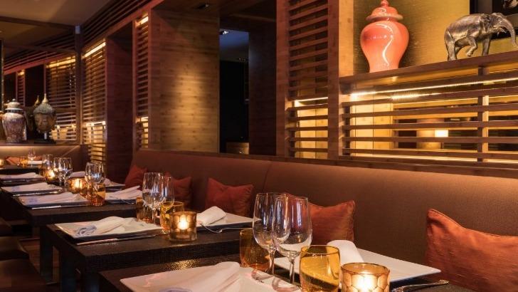 restaurant-u-a-paris-decouvrez-saveurs-de-cuisine-thailandaise-ici-une-ambiance-raffinee