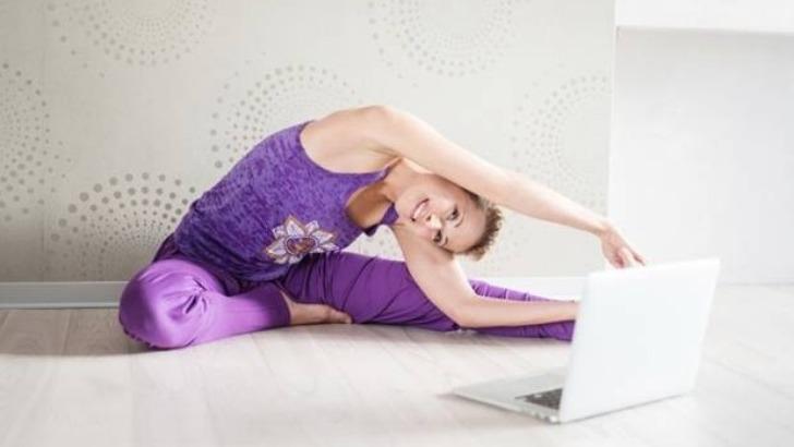 yoga-geneve-cours-prives-sont-destines-aux-personnes-souhaitent-pratiquer-autonomie