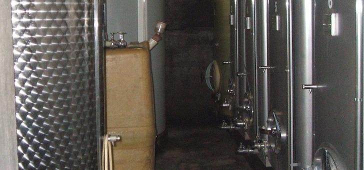 vinification-parcellaire-permet-d-extraire-terroir-de-chaque-endroit-a-part-et-d-obtenir-un-assemblage-coherent-garantissant-complexite-expressivite-et-regularite-de-qualite-des-vins