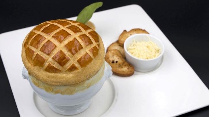 hotel-restaurant-tante-yvonne-a-quincieux-savourer-bonne-cuisine-du-terroir