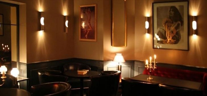 ambiance-tamisee-et-intimiste-au-restaurant