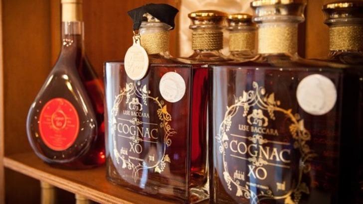 cognac-est-produit-phare-de-maison-lise-baccara-a-pons