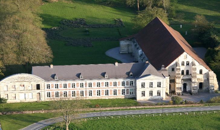vue-aerienne-abbaye-vaucelles