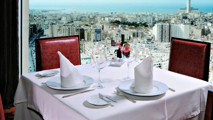 Complicité homme femme restaurant gastronomique tours et environs