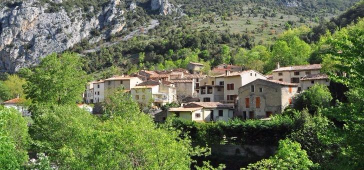saint-martin-lys-village-typique-des-pyrenees