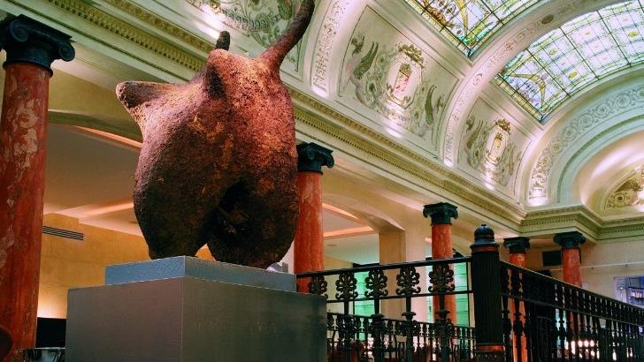 fondee-2002-par-celebre-architecte-d-interieur-et-designer-et-chef-antoine-pinto-brasserie-de-luxe-belge-belga-queen-est-consideree-comme-plus-bel-etablissement-de-bouche-de-belgique-et-sans-doute-d-europe