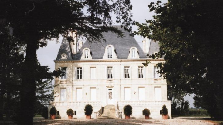 ancien-chateau-de-listrac-devenu-propriete-du-domaine-vignobles-jander
