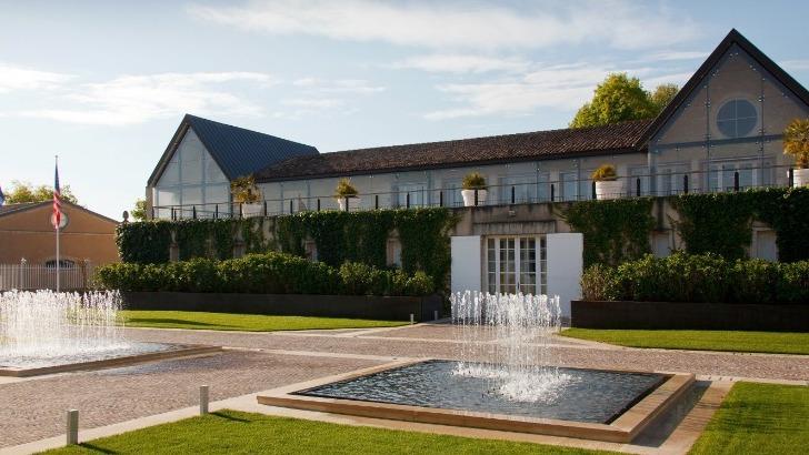 chateau-leoville-poyferre-a-saint-julien-beychevelle-une-grande-salle-privatisable-pour-evenements-d-entreprise