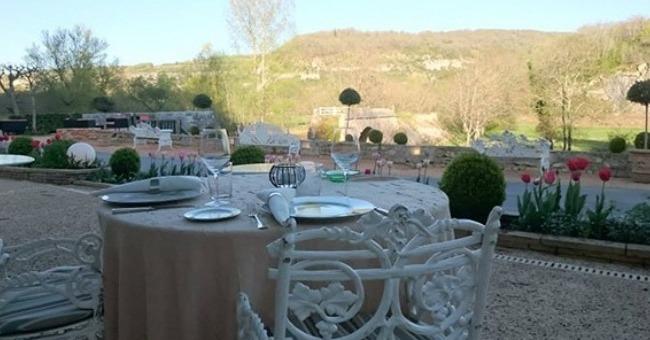 dans-un-style-campagne-chic-ambiance-cosy-restaurant-pont-de-ouysse-est-irresistible-invitation-decouverte-plaisirs-gustatifs