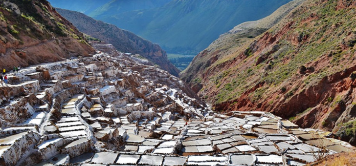 salines-de-maras-dans-vallee-sacree-des-incas