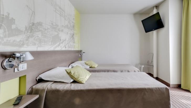 hotel-amiral-chambre-double-avec-douche-et-wc