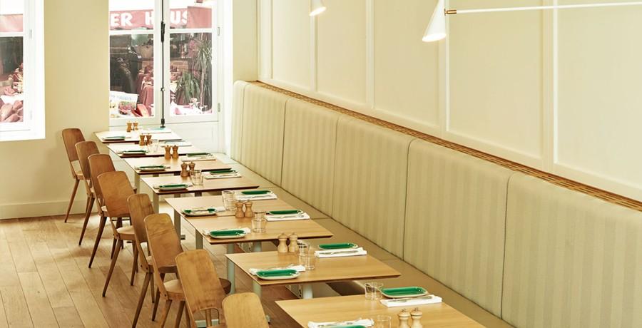 restaurant-comptoir-des-galeries-a-bruxelles-un-cadre-epure-chic-et-sobre