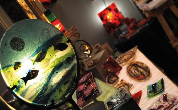 maison-de-artisan-un-magasin-de-verre-presentant-faculte-d-etre-egalement-un-atelier-peut-initier-au-thermoformage