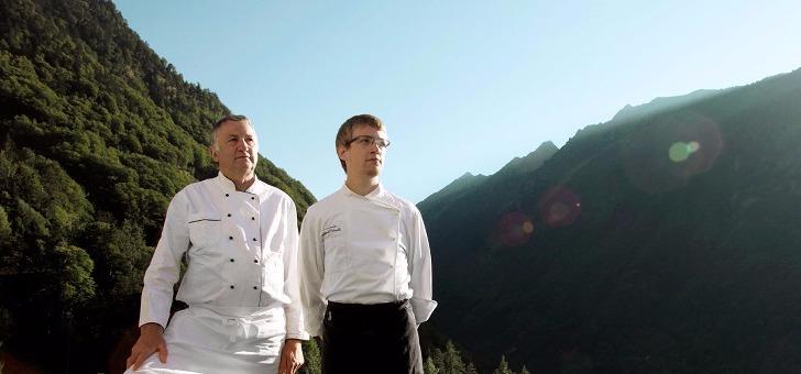 leon-et-son-fils-chefs-et-proprietaires-de-ferme-basque-a-cauterets