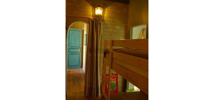 seconde-chambre-de-suite-flavene-reflete-un-esprit-tres-cabane