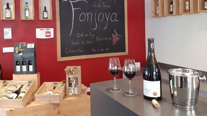 fonjoya-possede-plusieurs-marques-vins-d-excellenc