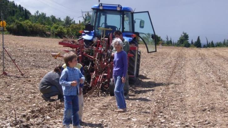 domaine-monastrel-une-famille-de-vignerons-sait-qu-est-passion-du-metier