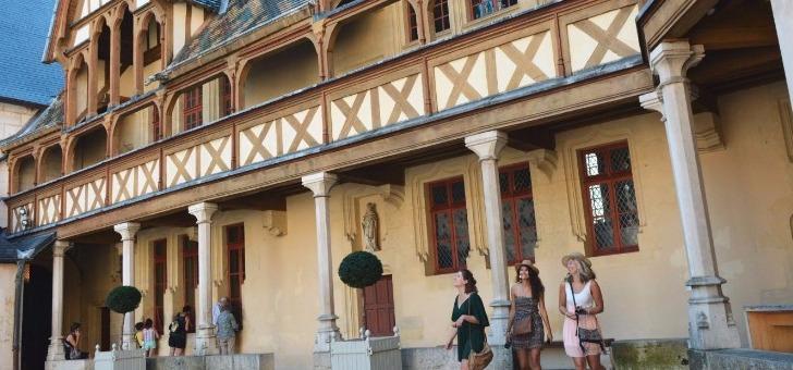 cote-d-or-tourisme-a-dijon-histoire-et-culture