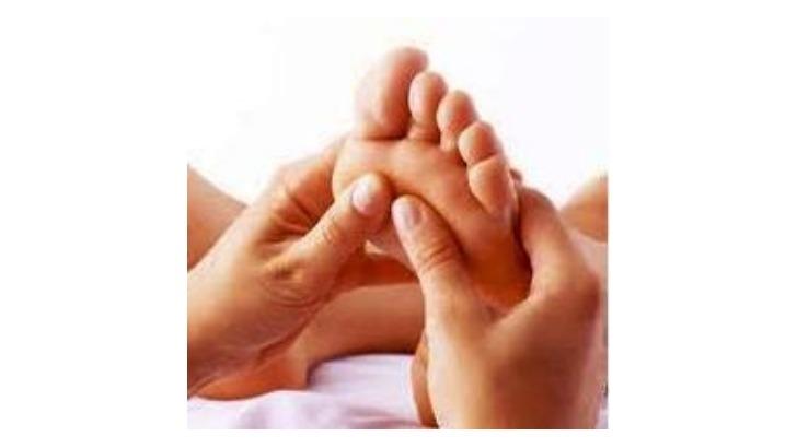 sacree-nature-et-bio-a-quimperle-relaxer-et-diminuer-tensions-physiques-grace-a-reflexologie-plantaire