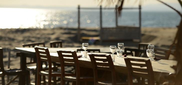 table-avec-vue-sur-mer