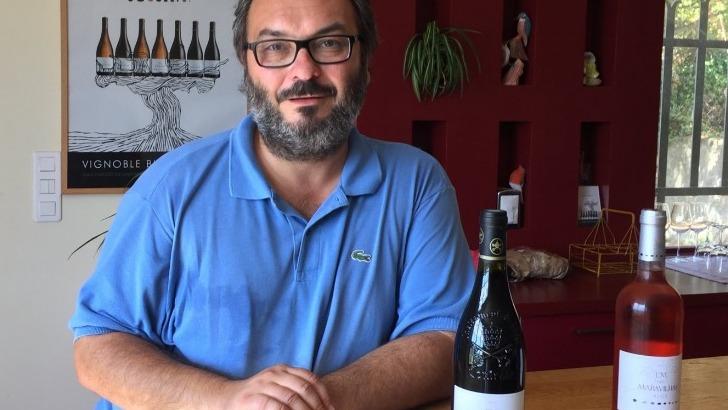 jean-frederic-bistagne-proprietaire-du-domaine-maravilhas-elabore-des-vins-elegants-aoc-lirac-laudun-et-chateauneuf-du-pape