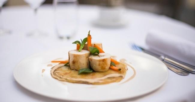 supreme-de-volaille-d-ancenis-label-rouge-carte-produits-de-saison-restaurant-assise-a-nantes