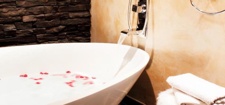haut-jardin-spa-prive-jacuzzi-et-sauna