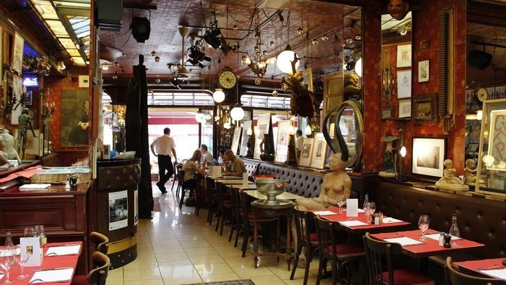 cafe-du-palais-carmen-moya