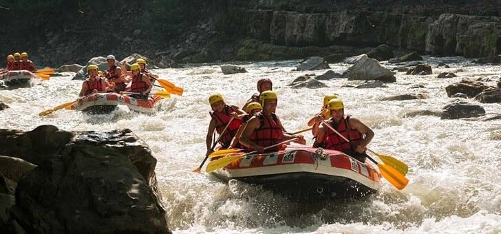 devaler-cours-d-eau-canoe