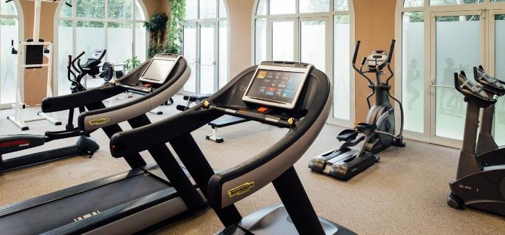 une-salle-de-fitness-pour-garder-forme