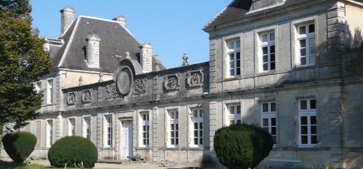 chateau-de-cerons