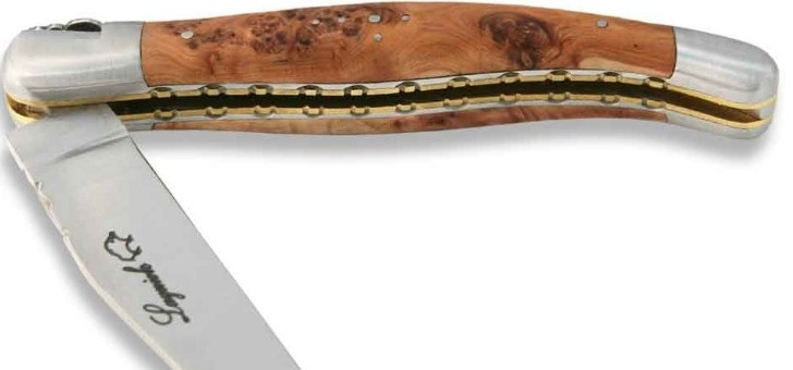 a-pu-observer-des-populations-prehistoriques-vivaient-dans-pres-des-forets-de-genevrier-car-fournissaient-nourriture-combustible-et-bois-pour-abri-ustensiles