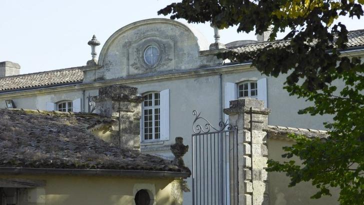 chateau-bastor-lamontagne-a-preignac-une-ancienne-propriete-du-roi-de-france