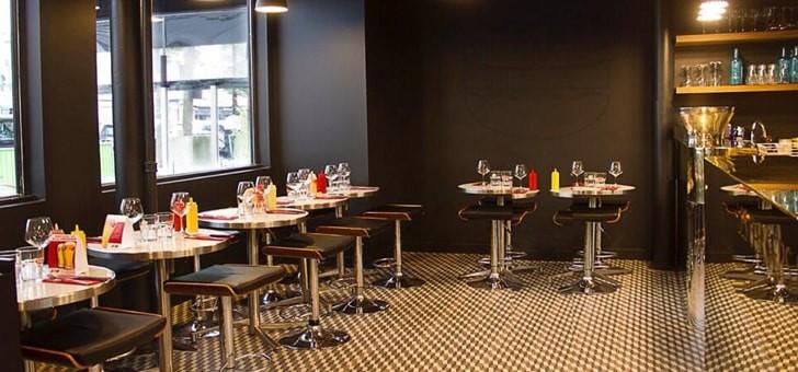 ambiance-et-deco-du-restaurant-wagy-burgers-du-pere-claude-a-paris-meilleure-adresse-de-capitale-pour-deguster-des-burgers-gastronomiques