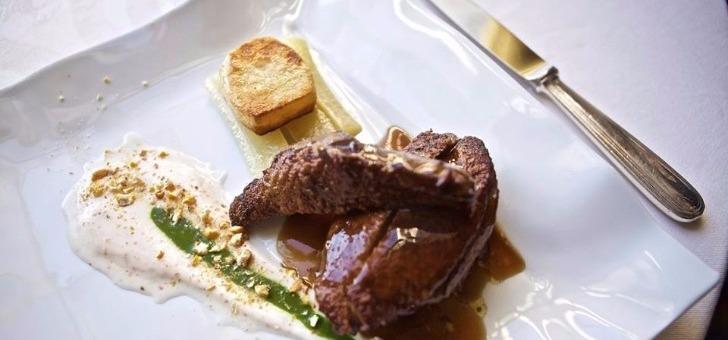 hotel-restaurant-de-bastard-a-lectoure-cuisine-gastronomique-francaise-etablissement-etoile-3-etoiles