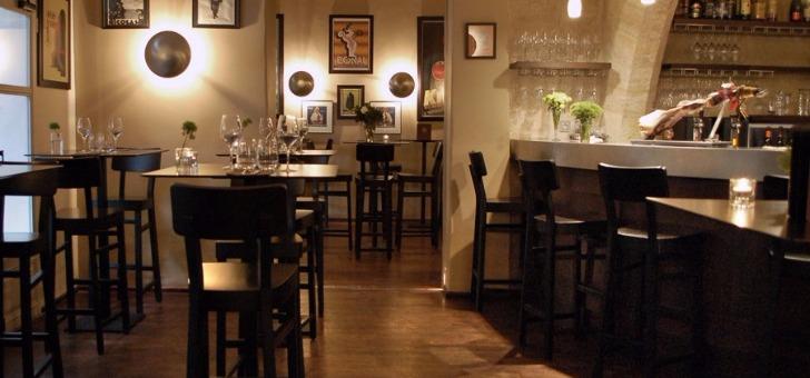 restaurant-petit-jardin-a-montpellier-cadre-chaleureux-er-cosy-avec-cuisine-mediterraneenne-au-menu-de-cet-etablissement