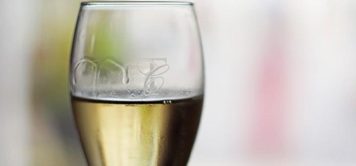 champagne-elegant-equilibre
