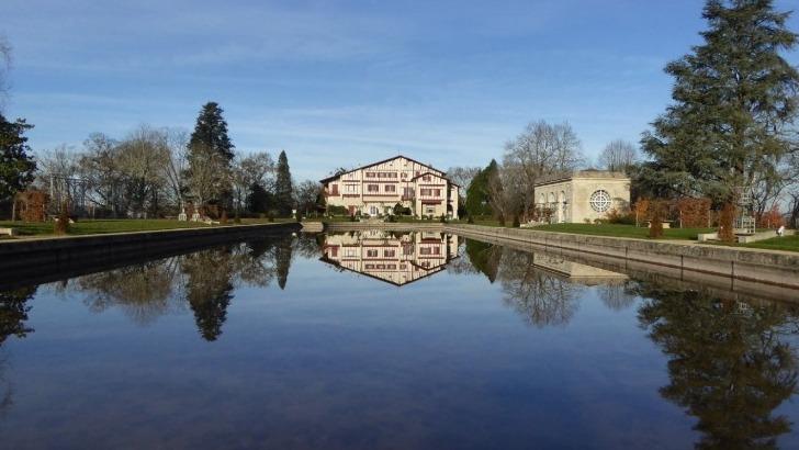 exposition-villa-arnaga-musee-edmond-rostand-a-cambo-les-bains