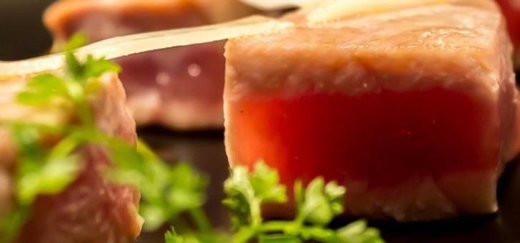 thon-mi-cuit-au-restaurant-bistrot-des-anges-a-bordeaux-specialites-de-cet-etablissement
