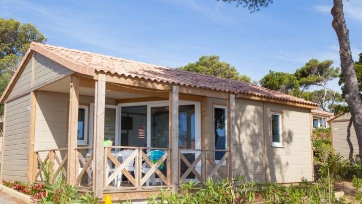 camping-camp-du-domaine-un-emplacement-privilegie