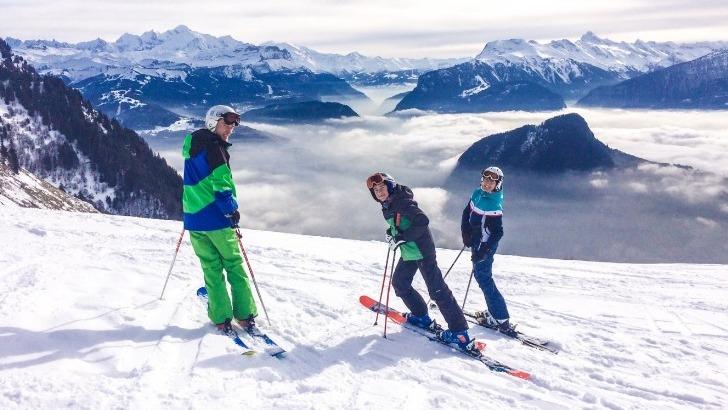 skier-esprit-leger-a-praz-de-lys-sommand