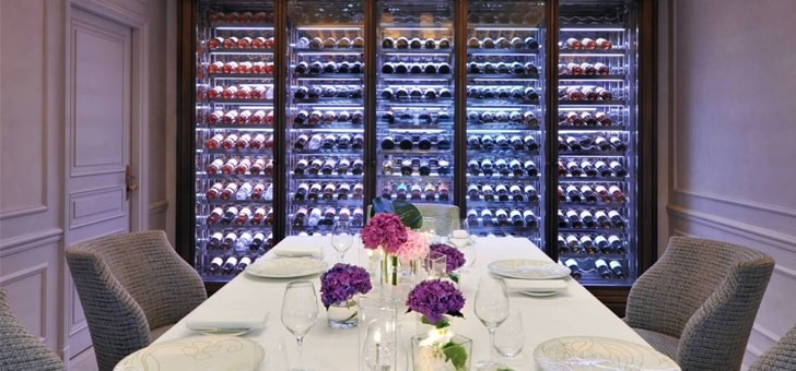 cave-a-vin-table-gastronomique-restaurant-cap-grand-hotel-cap-ferrat-four-seasons-hotel