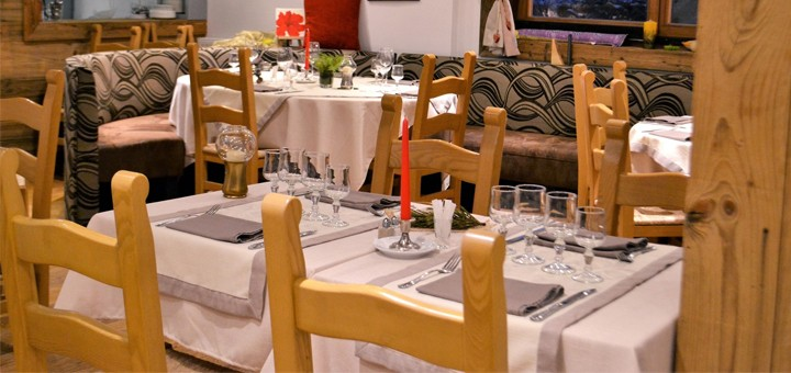 restaurant-altiport-une-decoration-simple-et-epuree-invite-a-un-periple-culinaire-reserve-de-belles-surprises